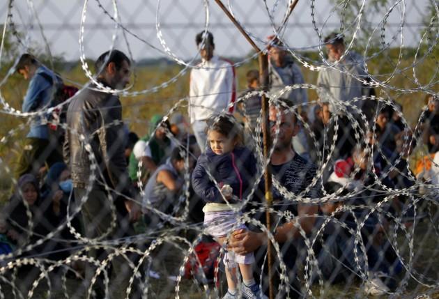 L'Ungheria chiude le frontiere, arrestati già 10mila migranti