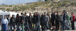 """Migranti, Strasburgo condanna l'Italia: """"Detenzione illegale e trattamento degradante di 3 tunisini a Lampedusa"""""""