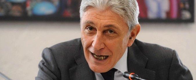 """Primarie Napoli, il ricorso di Bassolino: """"Verbali di 78 seggi approvati in 45 minuti. 36 secondi ciascuno"""""""