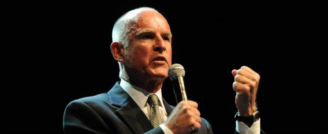 California, via libera del governatore cattolico Brown a legge sul suicidio assistito