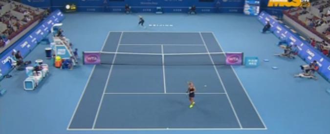 Tennis, liscio clamoroso della tennista Cibulkova al torneo Wta Pechino