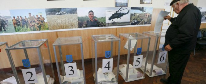 Elezioni Ucraina, errori nelle schede elettorali. Sospeso il voto in due città