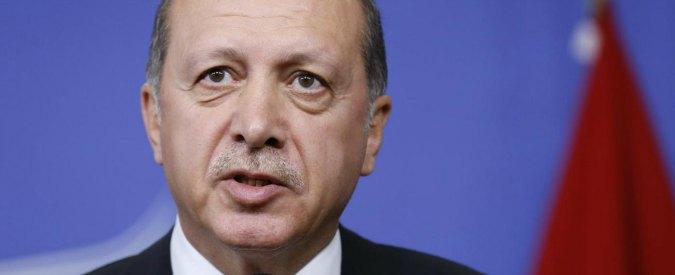 """Turchia, Erdogan sui due giornalisti scarcerati: """"Non accetto né rispetto la decisione della Corte Costituzionale"""""""