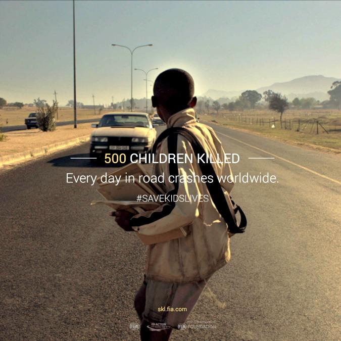 Save Kids Lives, video-denuncia di Luc Besson: 500 bambini muoiono ogni giorno sulla strada – VIDEO