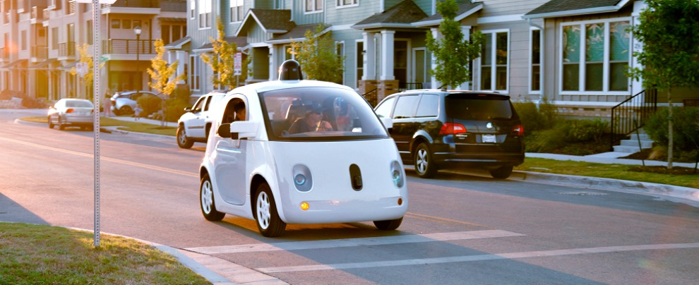 """Google Car, adesso sanno anche suonare il clacson da sole. """"Come un guidatore paziente ed esperto"""""""