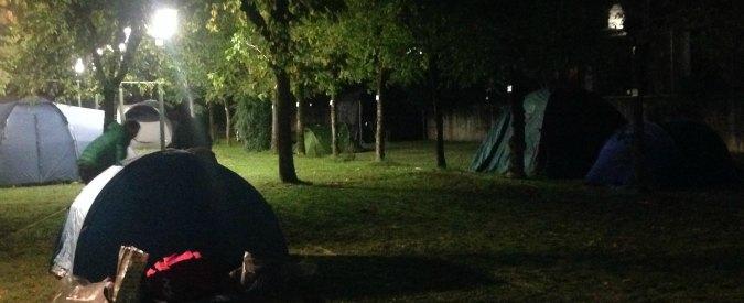 """Italia 5 Stelle, la notte degli attivisti in tenda: """"Governo? M5S deve decidere se vuole diventare grande"""""""