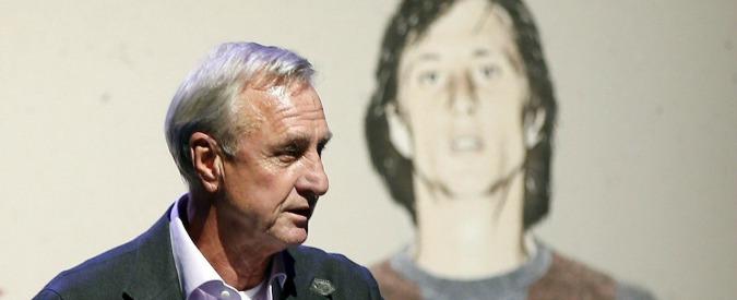 """""""Johan Cruyff ha un cancro ai polmoni"""": Olanda e Spagna in ansia per l'icona del calcio totale"""