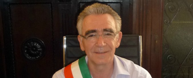 "Sassuolo, Procura indaga su presunti favori elettorali. Sindaco Pd: ""Resto, ma verifica interna"""