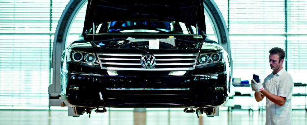 Volkswagen, il piano: focus sull'elettrico, l'ammiraglia Phaeton solo a batteria