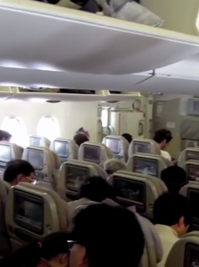 aereo675-mag