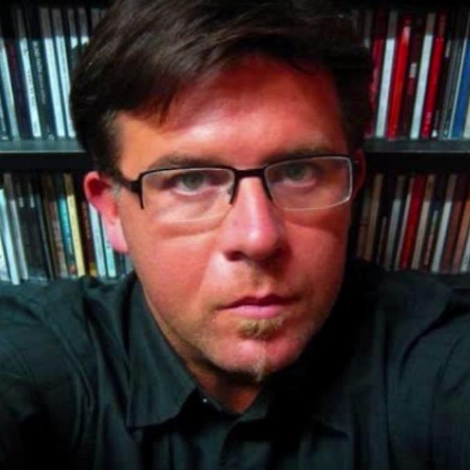 """Medimex 2015, Valerio Corzani (Radio3): """"Medio Oriente e Nordafrica pieni di contraddizioni: slanci libertari e oppressioni"""" - Il Fatto Quotidiano - colzani-675-675"""