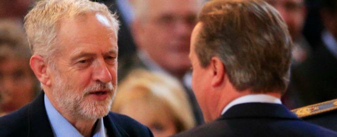 David Cameron teme l'effetto Corbyn e rincorre il Labour: punta sull'edilizia sociale per 'sfondare' a sinistra
