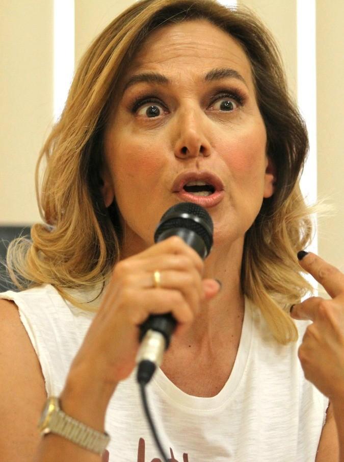 """Barbara D'Urso furibonda: """"Io fraintesa. Nessuno deve permettersi di pensare che io sono contro le donne"""""""