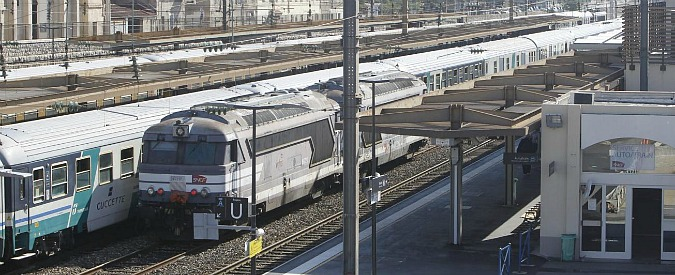 Ferrovie, passano alla Camera le mozioni di Sinistra Italiana e Ncd: una sospende la privatizzazione, l'altra dà il via libera
