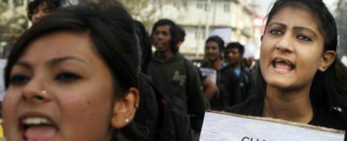 Uteri in affitto, l'India pronta a vietare il business. Ma solo alle coppie straniere