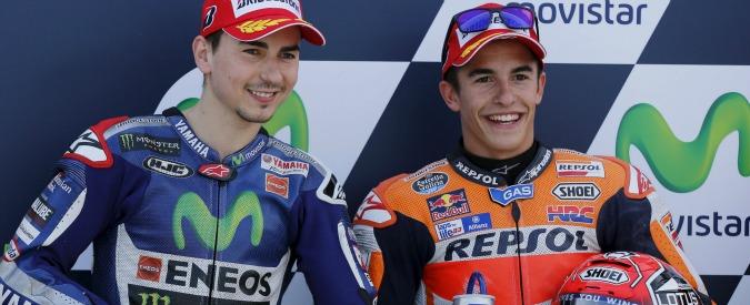 Moto Gp Giappone, Lorenzo infortunato alla spalla: a Motegi correrà, ma non sarà al top. Occasione d'oro per Rossi