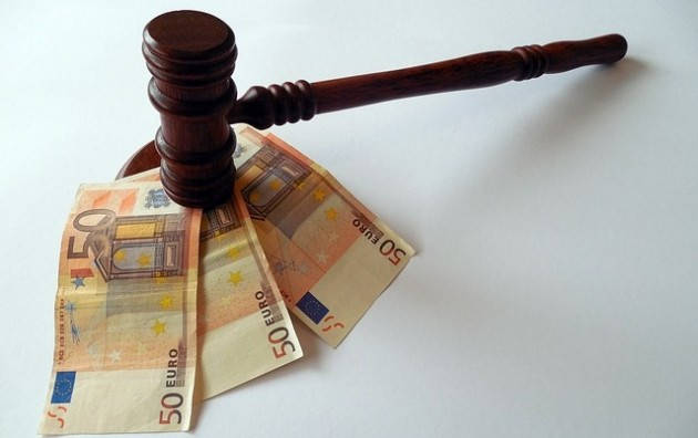 martello-giudice-soldi