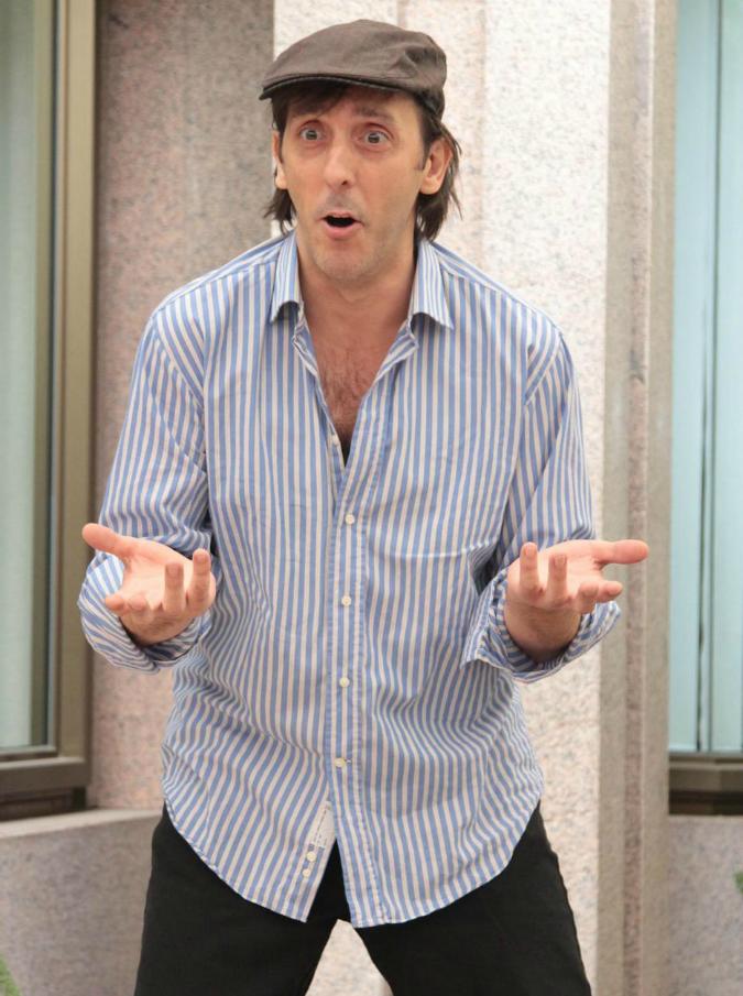 """Massimo Ceccherini: """"Sono un irresponsabile, ho frustato Renzi con l'ortica, letteralmente"""""""