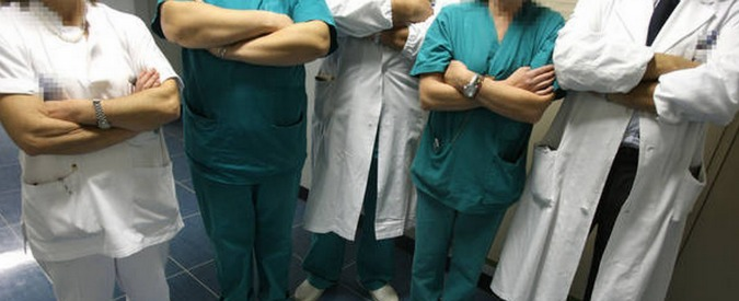 Catania, dirottavano pazienti in dialisi verso strutture private: 5 ai domiciliari