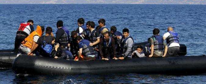 Migranti, ancora morti nel mediterraneo: otto annegati al largo delle coste italiane e sei nell'Egeo. Quattro sono bambini