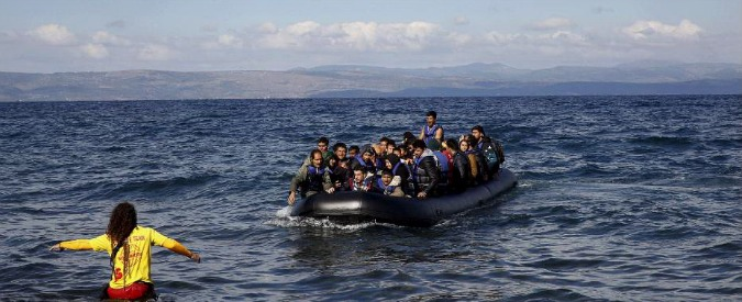 Migranti, naufragio nel mar Egeo: diciannove annegati tra cui sei bambini