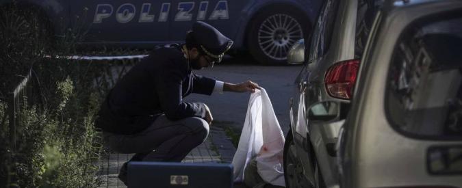 Napoli, agguato in strada: pregiudicato ucciso a colpi d'arma da fuoco