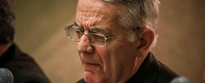 """Vaticano, padre Lombardi risponde a coming out di monsignor Charamsa: """"Scelta grave e irresponsabile"""""""