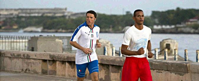 """Stabilità, Renzi a Cuba annuncia per martedì """"chiarimento"""" con minoranza Pd"""