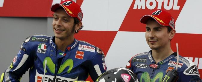 Valentino Rossi di classe e di esperienza: la differenza con Lorenzo è la gestione della pressione in gara