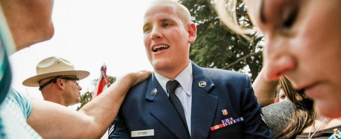 Spencer Stone, accoltellato il militare che sventò attentato su un treno in Francia