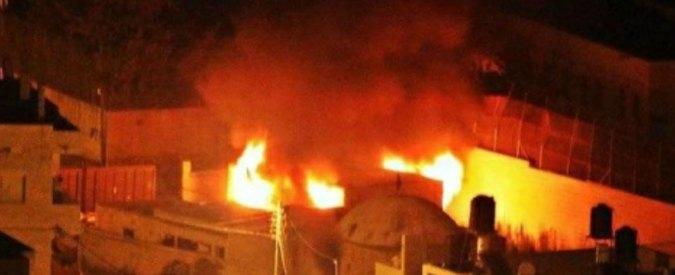 Tomba di Giuseppe incendiata a Nablus. Quattro palestinesi uccisi negli scontri nella Striscia (VIDEO)