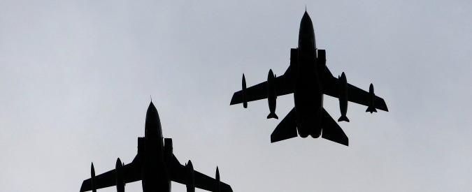 """Isis, """"attacchi Tornado italiani entro un mese"""". Nato: """"Russia sostiene Assad"""""""