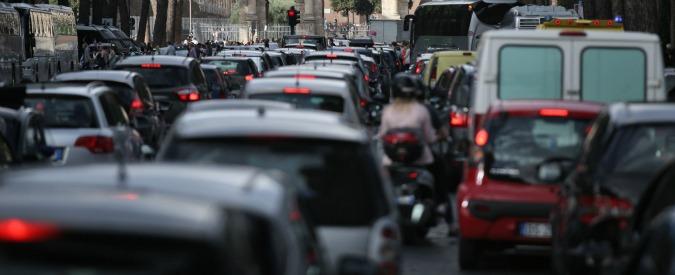 """Smog, Legambiente: """"Milano, Torino, Napoli e Roma oltre i limiti consentiti"""""""