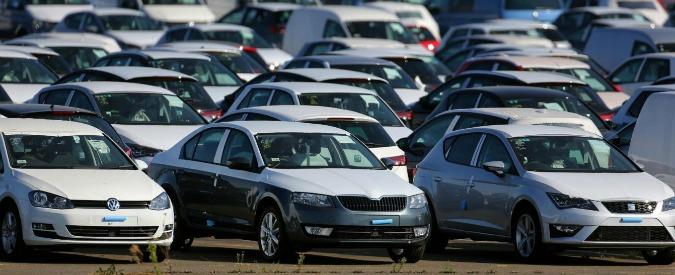 Dieselgate, 90mila italiani contro VW Parte la class action di Altroconsumo. L'azienda rischia un conto da 400 milioni