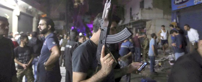 """Libano, attacco kamikaze nella roccaforte di Hezbollah a Beirut: almeno 37 morti. """"Isis rivendica"""""""