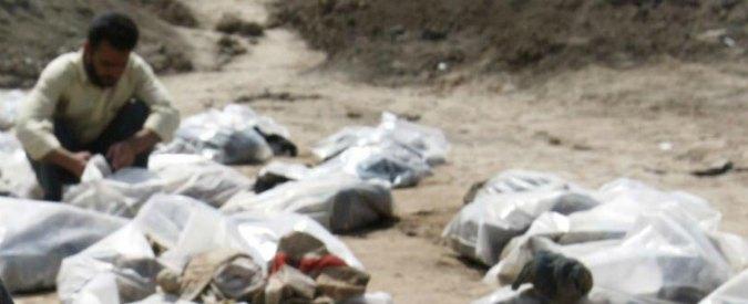 Isis, scoperta nel nord dell'Iraq una fossa comune con i resti di 80 donne