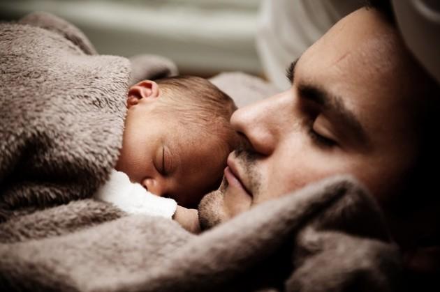 Genitori-padre e figlia