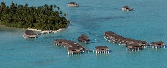Maldive, impeachment per il vice presidente. Farnesina: 'Rinviare viaggi a Malè'