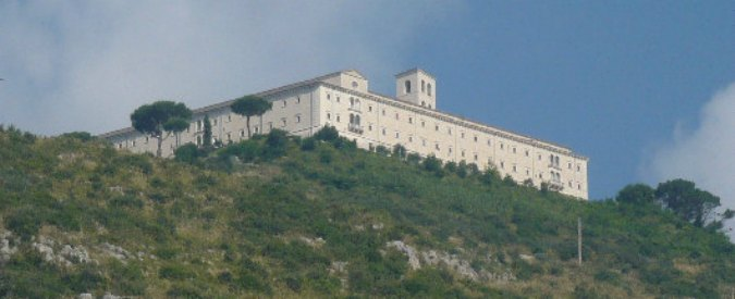 """Montecassino, sequestrati 500mila euro all'ex abate: """"Presi da conti monastero"""""""