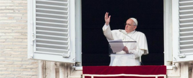 """Giubileo 2015, Papa Francesco: """"Aprirò la prima porta santa a Bangui in Africa (e non a Roma)"""""""