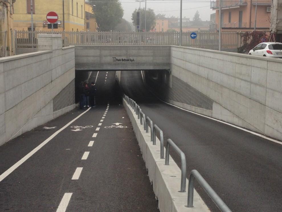 Cremona Il Sottopasso Della Discordia Le Ambulanze Si Bloccano E I