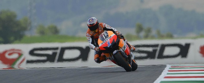 Casey Stoner ritorna in Ducati come collaudatore. I tifosi sperano un nuovo duello con Valentino Rossi