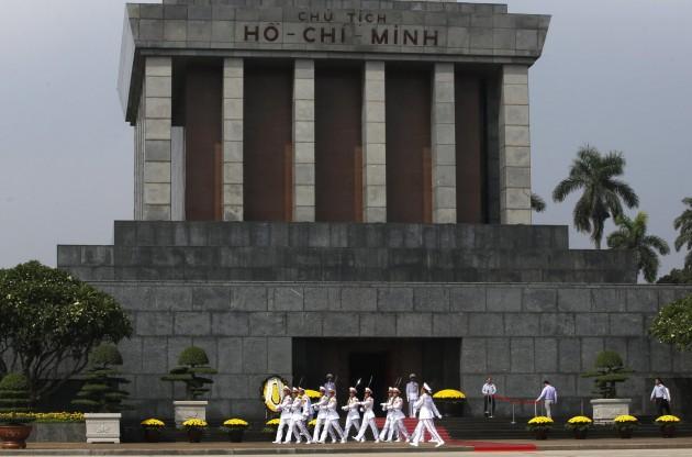 Vietnam,  Presidente Cina Xi Jinping  in visita a Hanoi