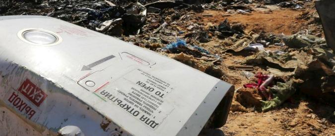 Disastro aereo sul Sinai, lampo di calore in aria ed elementi estranei al velivolo a terra