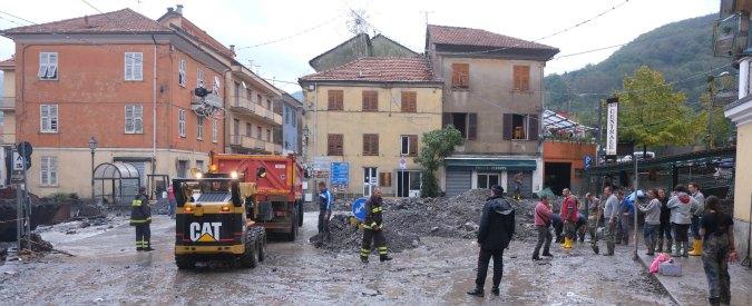 """Genova, parcheggio interrato da 350 posti auto sulla sponda del Bisagno: """"Rischio esondazione"""". Comune: """"Tutto in regola"""""""