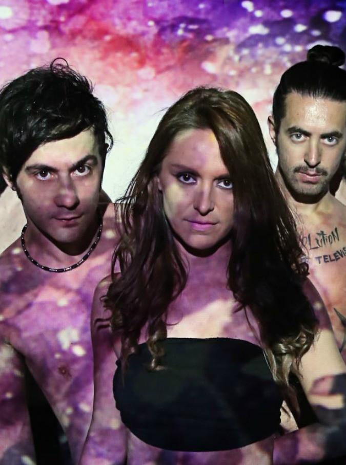 """A Toys Orchestra, """"Wake me up"""" è il nuovo singolo della band contro la violenza sulle donne: ecco il video in esclusiva"""
