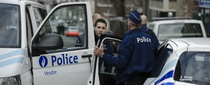 """Belgio. Maxiblitz in 15 comuni, 12 arresti: """"Preparavano un attentato terroristico"""". Media: """"Nel mirino i tifosi di Euro 2016"""""""