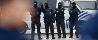 """Attentati Parigi, fallito blitz a Bruxelles: Salah Abdeslam ancora in fuga. Tv belga: """"Preso l'artificiere"""" (FOTO – VIDEO)"""