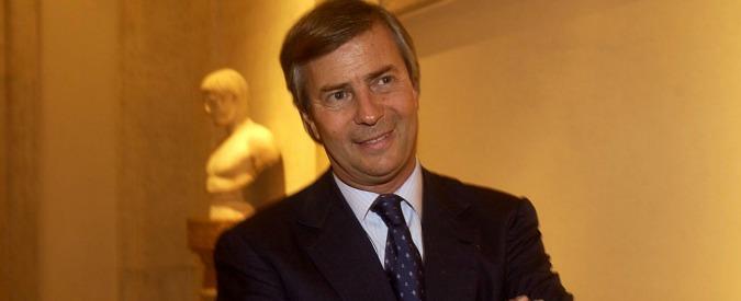 Telecom, Bollorè vuole quattro posti in plancia di comando. Mentre Enel strappa sulla fibra ottica