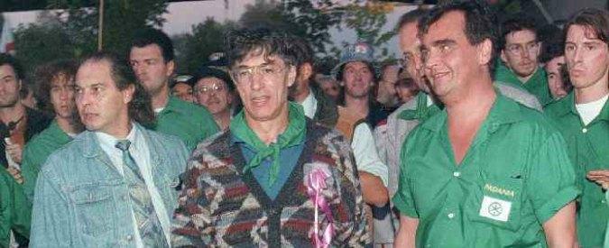 """Lega Nord, non luogo a procedere per 34 """"camicie verdi"""" in un'inchiesta del '96. Prosciolti anche Bossi e Maroni"""
